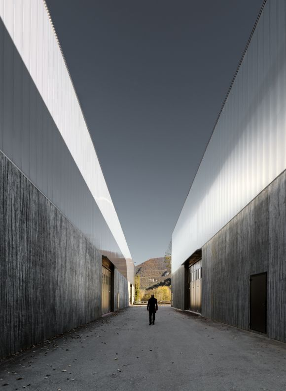 Marco Polo Torino : Set architects studio macola uda massimiliano